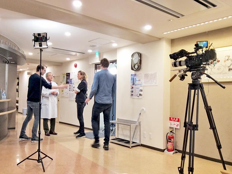 当院理事長の井上雄一が、オランダ国営放送(NPO 3, the Dutch National Broadcaster)の取材を受けました。